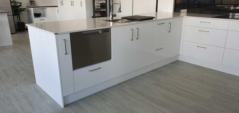 U Shaped Kitchen 3 17x3 5x2 4m White Black Wood Tones Incredible Kitchen Company